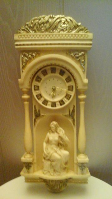 Часы Отличное дополнение в интерьер в коллекцию Работают от батарейки  Вме вопросы в личку ватсап 89991735015 иои по тел 89247606231
