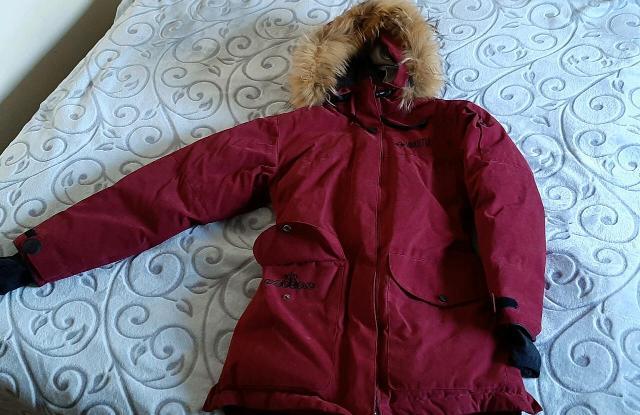Куртка зимняя, б/у, на девочку, размер 40/42, рост до 156 см