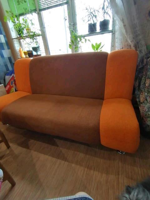 Хороший диван, самовывоз