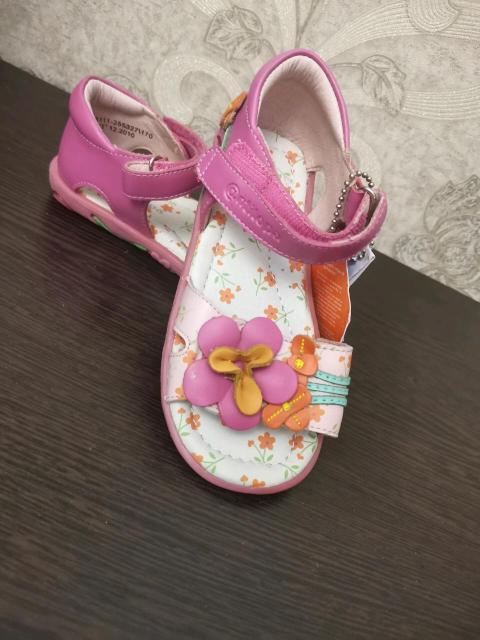 Босоножки для девочки размер 27 Новые с магазина 🤩цены идут по распродажи 💥💥💥