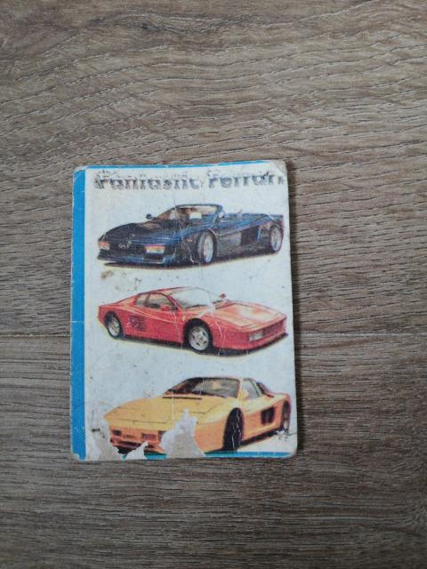 Продам коллекционную карточку Черепашек ниндзя 1991 года. В придачу отдам остатки банкнот. За 100 рублей или 2 литровую Кока-Колу (Пепси) и тп.