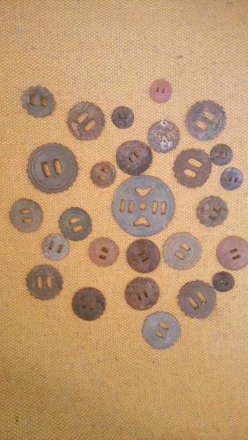 Старинные бронзовые изделия для конской сбруи для вашей инсталляции.  За все 500 рублей