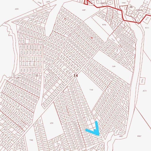 Продаем участок на Покровском тракте 11 км. м. Баал Заимката. Участок ровный, сухой 10 сот . ИЖС одобрен продажа от собственника, возможность подключения электричества, в перспективе газ. Район активно застраивается, частные дома, дачи. Возможен торг.