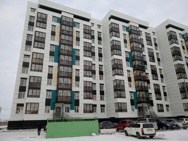 Продаю квартиру-студию Якутская 11, площадь 29 кв.м., 4/9 этаж, с ремонтом, мебель и бытовая техника, окна во двор, 1 собственник, без обременения.
