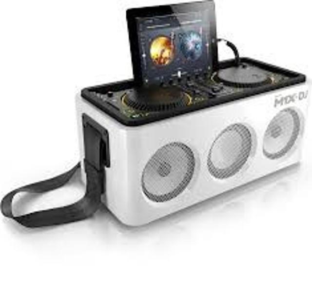 портативная акустика 2.1 мощность 80 Вт поддержка iPod/iPhone питание от батарей линейный вход Bluetooth