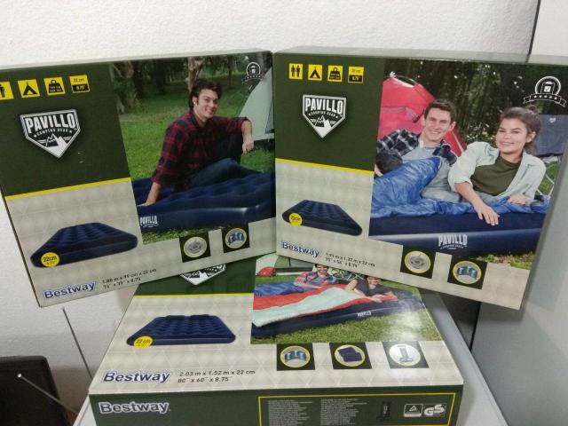 Продам новые в упаковке надувные матрасы, размер: Односпальные 1,88*99*22см -(ручной насос в комплекте)- 1500рб! Полуторка 1,91*137*22см-(ручной насос в комплекте)- 1700рб! Двухспальные 1,52*203*22см-(2 подушки и ручной насос в комплекте)- 2000рб