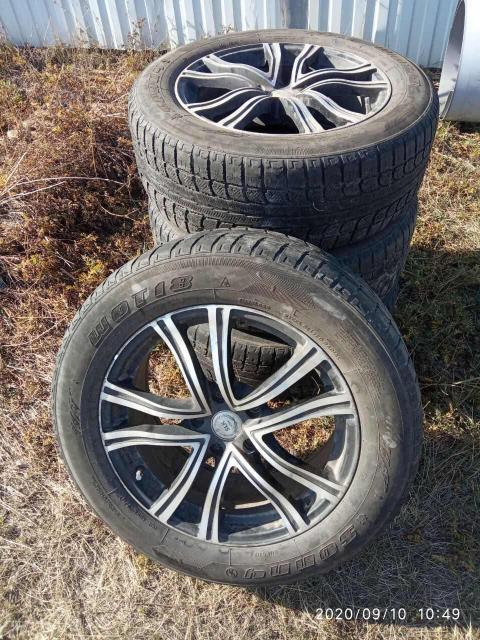 Продаю Литьё R17 5/114 с резиной на докатку 225/60 Bridgestone стояли на Ниссан Исктрэйл