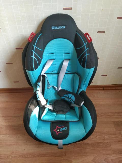 Дет кресло в хорошем состоянии