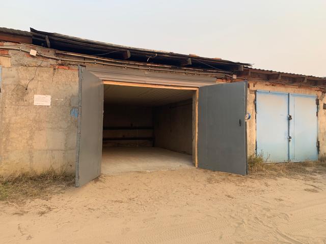 Продаётся гараж по ул. Севастопольской, ГСК Лада -2, после ремонта. Территория охраняется, видеонаблюдение.