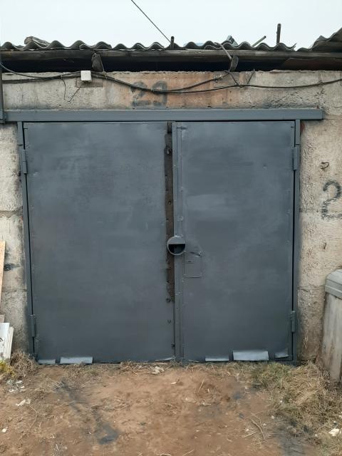 Продаю теплый гараж,Чернышевского 103.