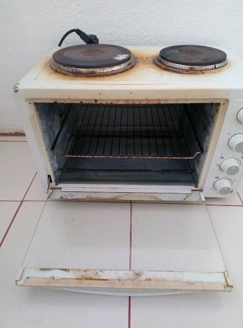 Продается электропечь с духовкой рабочая