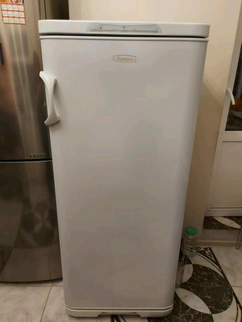 Продаю морозильник Бирюса ,7 -ми секционный ,в идеальном состоянии ,за 15 тыс .руб
