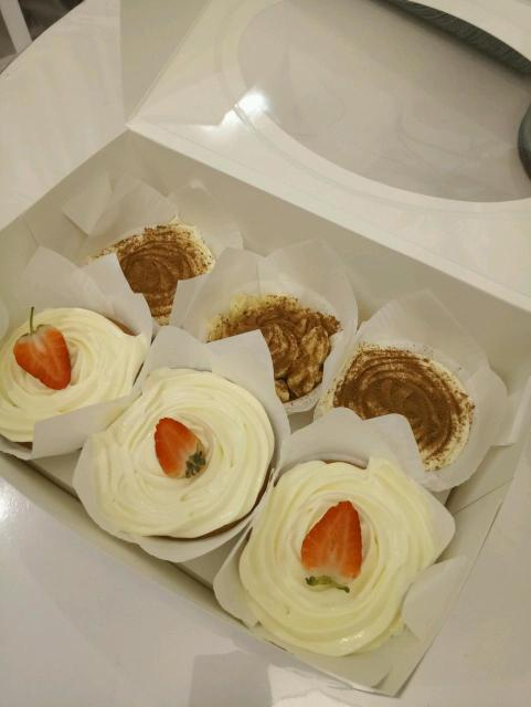 3шт-тирамису 3шт-медовый торт  Самовывоз с Крупской 37б