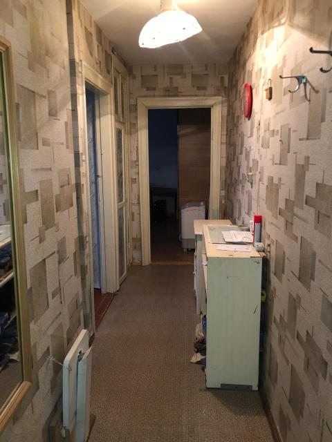 Двухкомнатная квартира в блочном доме 1969 года постройки, по ул. Северная, 37 С площадью - 43 кв.м В квартире нужен ремонт. Раздельный сан. узел. Мебель остаётся.