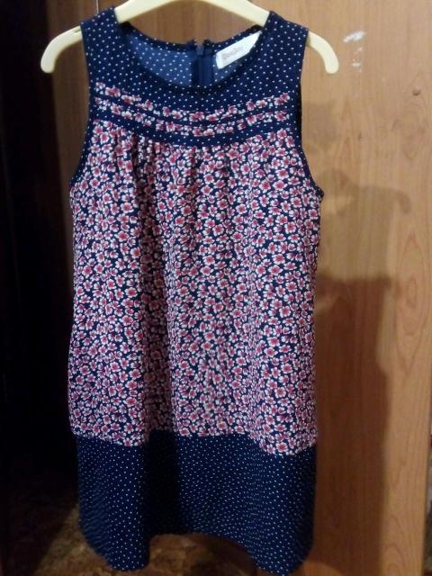 GeeJay. Оба платья р.128см (6-8лет). Состояние отличное. Не мнутся, не требуют глажки, быстро сохнут. Идеально для отдыха на море, для пляжа. Цена за оба платья 400р.(одно платье 200р).