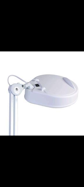 Лампа кольцевая, косметическая с ув. стеклом б/у, состояние хорошее