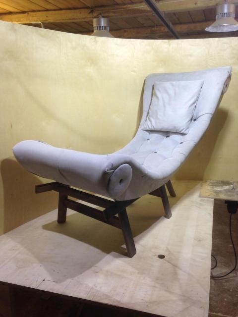 Кресло с каретной стяжкой!!! Доставка по городу бесплатно!!! Делаем мебель под заказ!!!