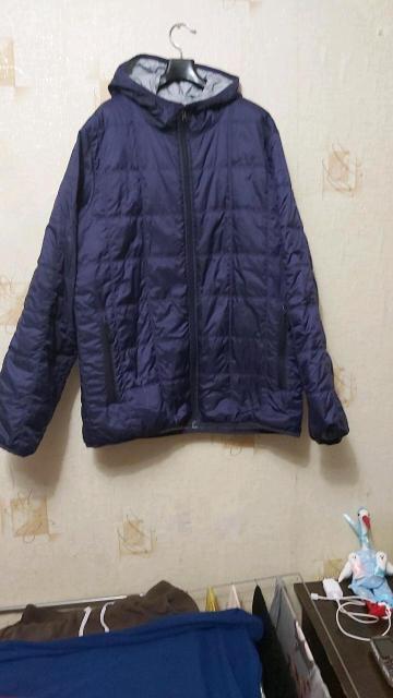 Продам новую☝  мужскую куртку демисезон.  Цвет фиолетовый  с капюшоном,  размер 52-54.  Покупали в Москве. Без торга👌