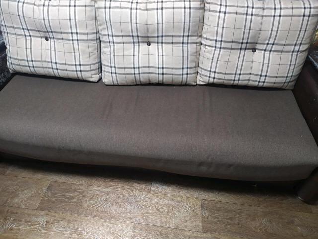 Продаю диван еврокнижка спальное место 160/200, ящик для белья.
