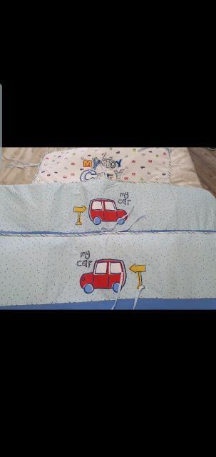 Бортики на кроватку для мальчика. Есть 2 штуки одинаковые.  Самовывоз