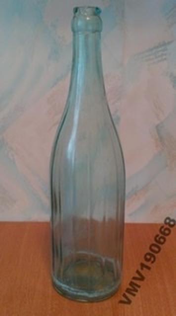 Куплю бутылки ссср обьемом 0,5.07.1.0 или возьму в дар