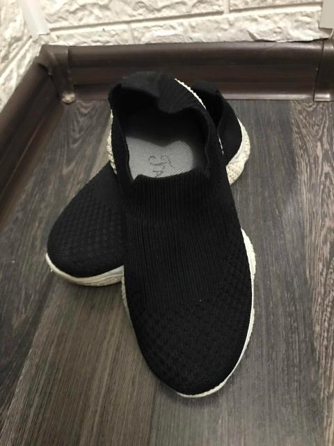 Продаю кроссовки на мальчика,размер 32,в хорошем состоянии,одевали пару раз,причина продажи стали малы
