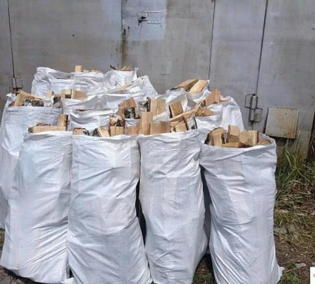 Продаю дрова мешками сухие