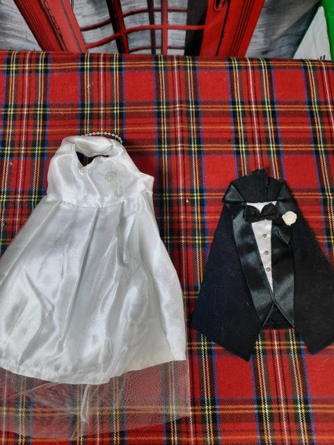 Новые, игры, грамоты, одежда для бутылок, все для  оформления и проведения свадьбы, цены от 300р.