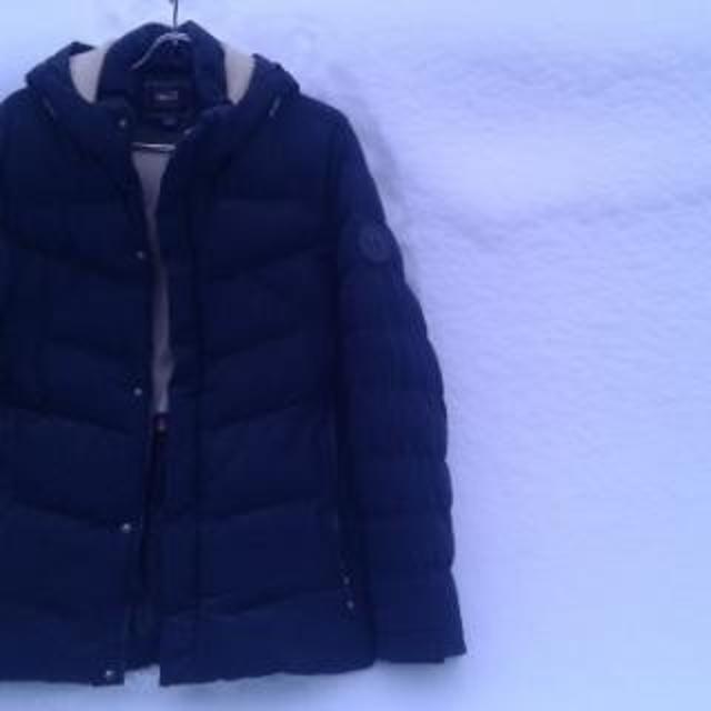 Куртка: р.48-50, синтепон, отлич.сост., тёплая, все замки и клёпки работают, чистая (как новая).