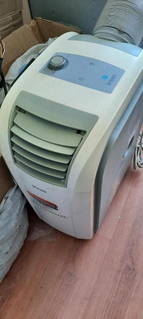 Продаю кондиционер , тепловентилятор переносной  2 в одном для дома  , офиса,  и, т, д