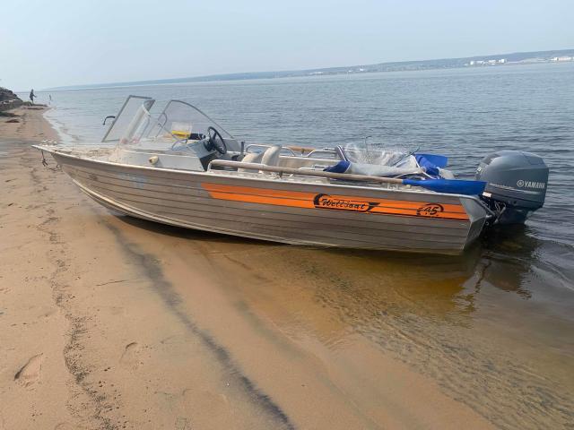 Обмен с моей доплатой! Лодка wellboat 45i, алюминий, шов, много рундуков, мягкие сиденье, тент, якорь, ходовые огни, самоотливной, помпа, стационар бак 70л, весла, эхолот, дистанция, мотор ЯМАХА 60, 4-х тактный, 2013г, пробег 254м.ч, нога BIGFOOT, запасной винт.