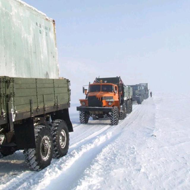 Доставить груз(металл, цемент) до Жиганска.
