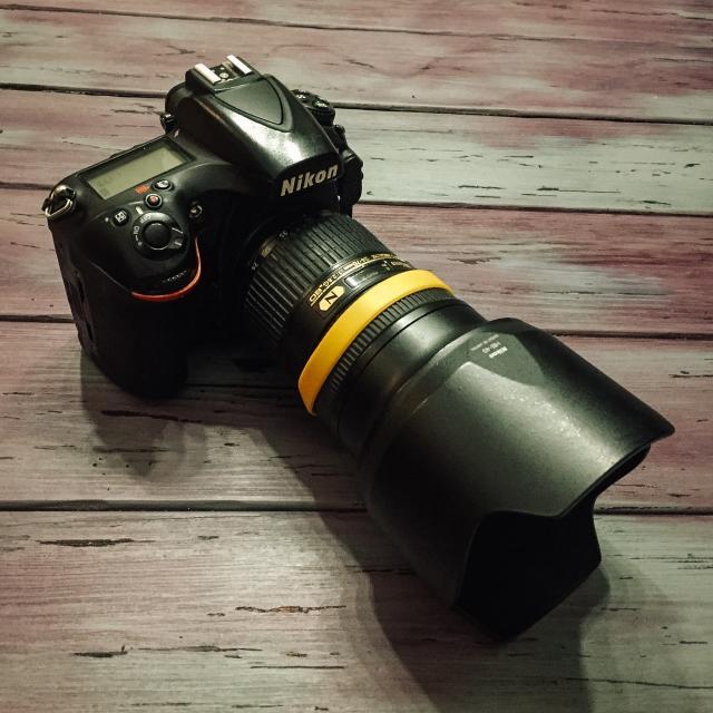 Неспешно продаю фотоаппарат Nikon D810 с объективом Nikon 24-70mm f/2.8G ED AF-S Nikkor в связи переходом на другую систему. В комплекте зарядник, провод и 2 карты памяти.
