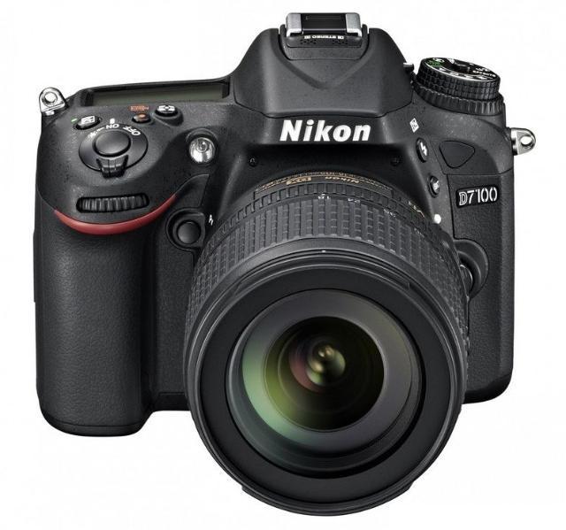 Фотоаппарат Nikon D7100 с объективом Nikkor 18-105mm. В комплекте: коробка, инструкция, карта памяти 16GB, аккумулятор, зарядное устройство, ремешок, 2 защитных фильтра 67 мм (UV и MC-UV). Пробег около 86 тыс. из заявленных 150 тыс., торг.