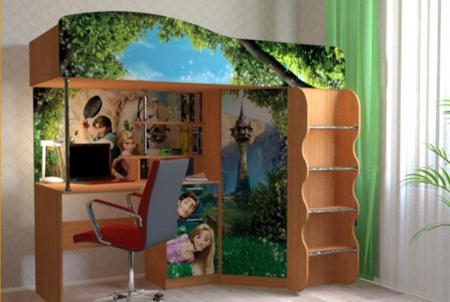 Продаю кровать-чердак (встроенный стол,шкаф) С матрасом. Ширина 85 длина 205 высота 155