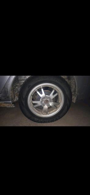 Комплект колес на R15 5/100 резина 195/65/15 резина триангл без грыж и порезов.состояние хорошее.подойдут на аллион премио калдина карина корона субару