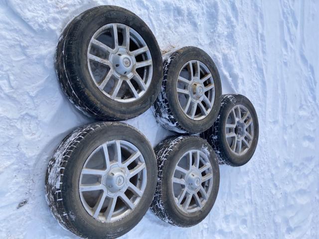 Продаю литьё с шинами от УАЗ ПАТРИОТ, размер R-18/245/60, cверловка 5х139.7, вылет (ЕТ) 35мм,5-шт. Состояние хорошое.