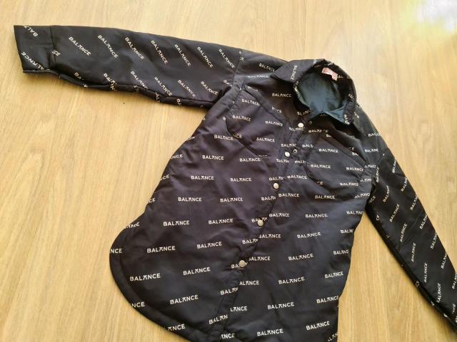 Куртка рубашка новая 48 размер удлиненна+ пояс