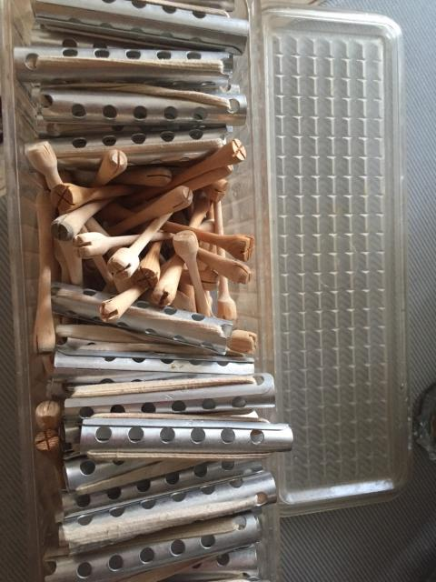 Бигуди и деревянные палочки для хим.завивки