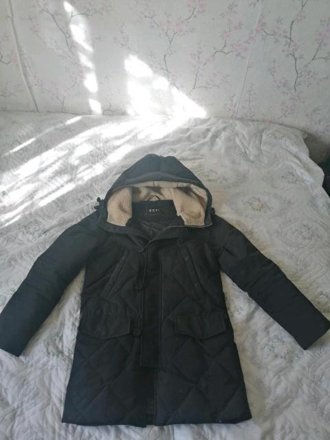 Куртка демисезонная L б/у одевался один сезон