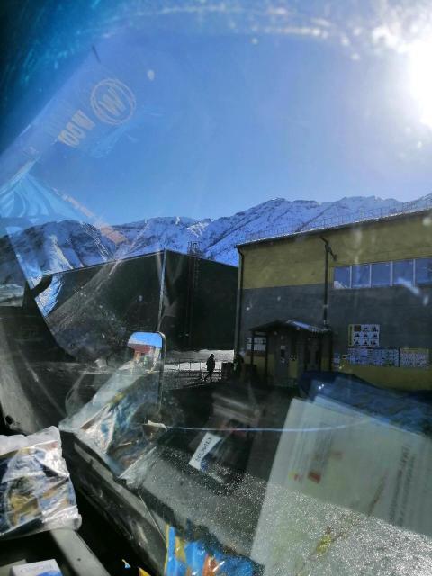 Услуги бортового грузовика до 3 тонн до 6 метров +аппарель поднимает до 500кг имеется моб.банк 89618681305 грузчик улусы квитанции