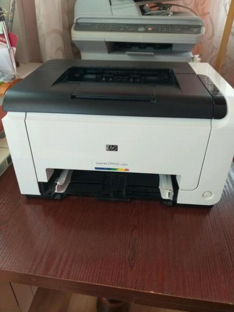 Продам  цветные лазерные принтеры hp и Samsung б/у  в отл.раб.состоянии. Использовались очень ограниченно. Ресурс нового устройства. Цена каждого 6 т.р.