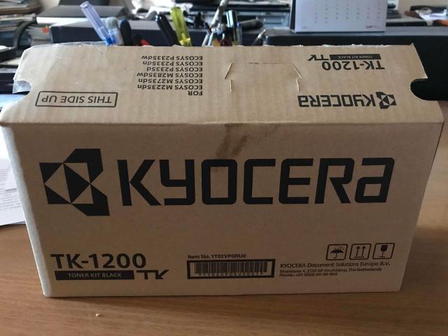 Продаю новый оригинальный картридж, купил не на ту модель принтера.   Картридж Kyocera TK-1200 является оригинальным.  Цвет тонера – черный. Заявленный ресурс картриджа – около 3000 страниц.  Поддерживаемые модели принтеров:  Kyocera ECOSYS P2335d, Kyocera ECOSYS M2835dw, Kyocera Ecosys M2735dn, Kyocera Ecosys M2235dn, Kyocera Ecosys P2335dn, Kyocera ECOSYS P2335dw