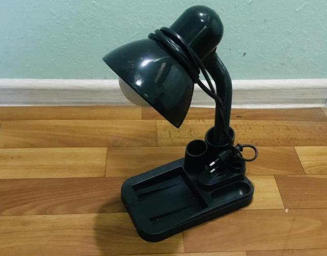 светильник настольный, черный