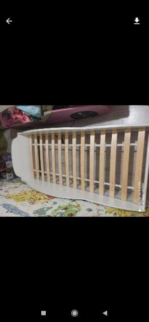 Срочно , до конца недели, продаю кроватки с матрасами, самовывоз, размеры на фото, цвет: белый и розовый,