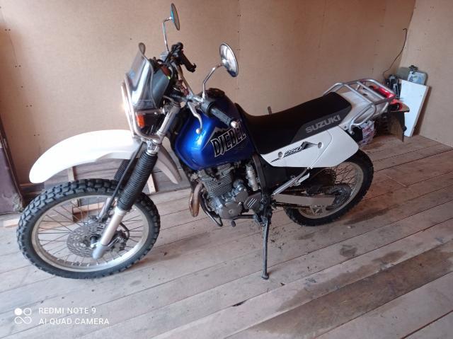 Продам Suzuki Djebel 250 куб. в ОТС куплен и привезен с аукциона Японии 2002 г. в.  Цена 285000 рублей.