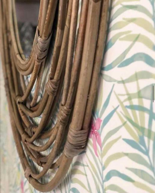 Продаю красивое зеркало KUBU из некрашеного ротанга ручной работы 💔🌴☘️🍀🍀 Диаметр 90см