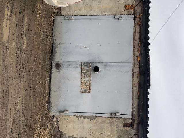 Продам гараж земля и строение в собственности . Есть охрана и видеонаблюдение .