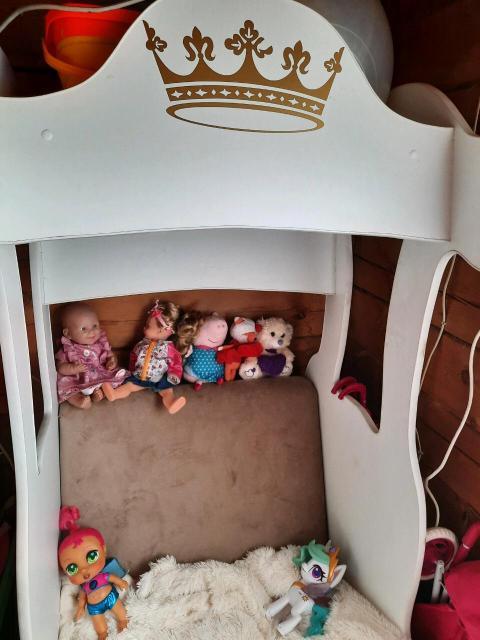 Кровать карета с матрасом в комплекте для принцессы от 2 до 5 лет