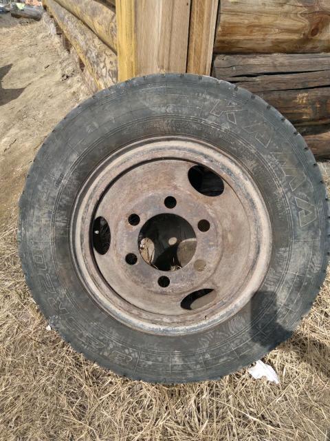 Продаю колесо 8.25 R20 накаченный